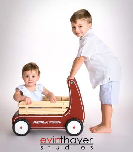 Brothers_photographed_in_radio_flyer_wagon