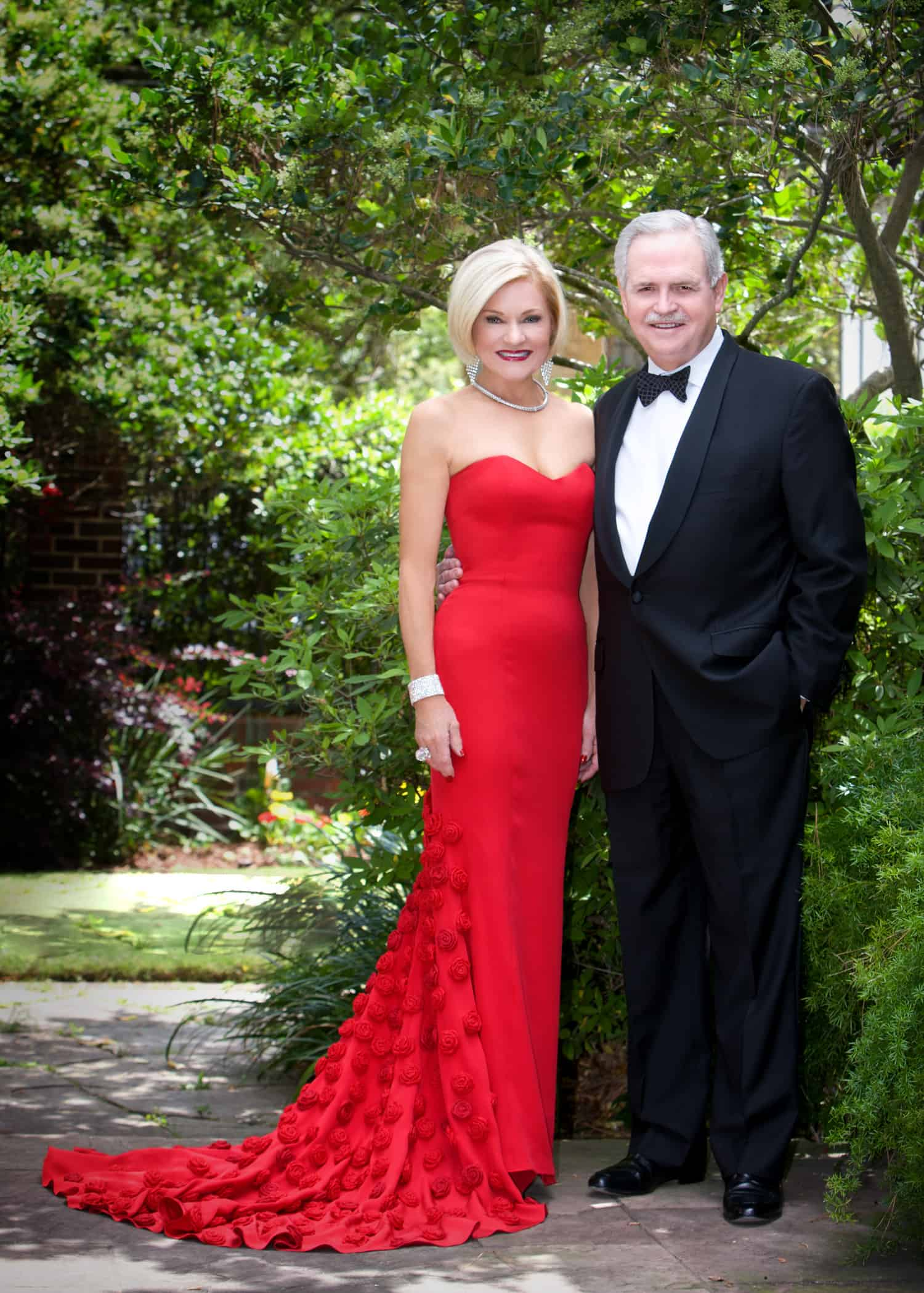 Evening_Gown_Tuxedo_formal_outdoor_Houston_home_portraits