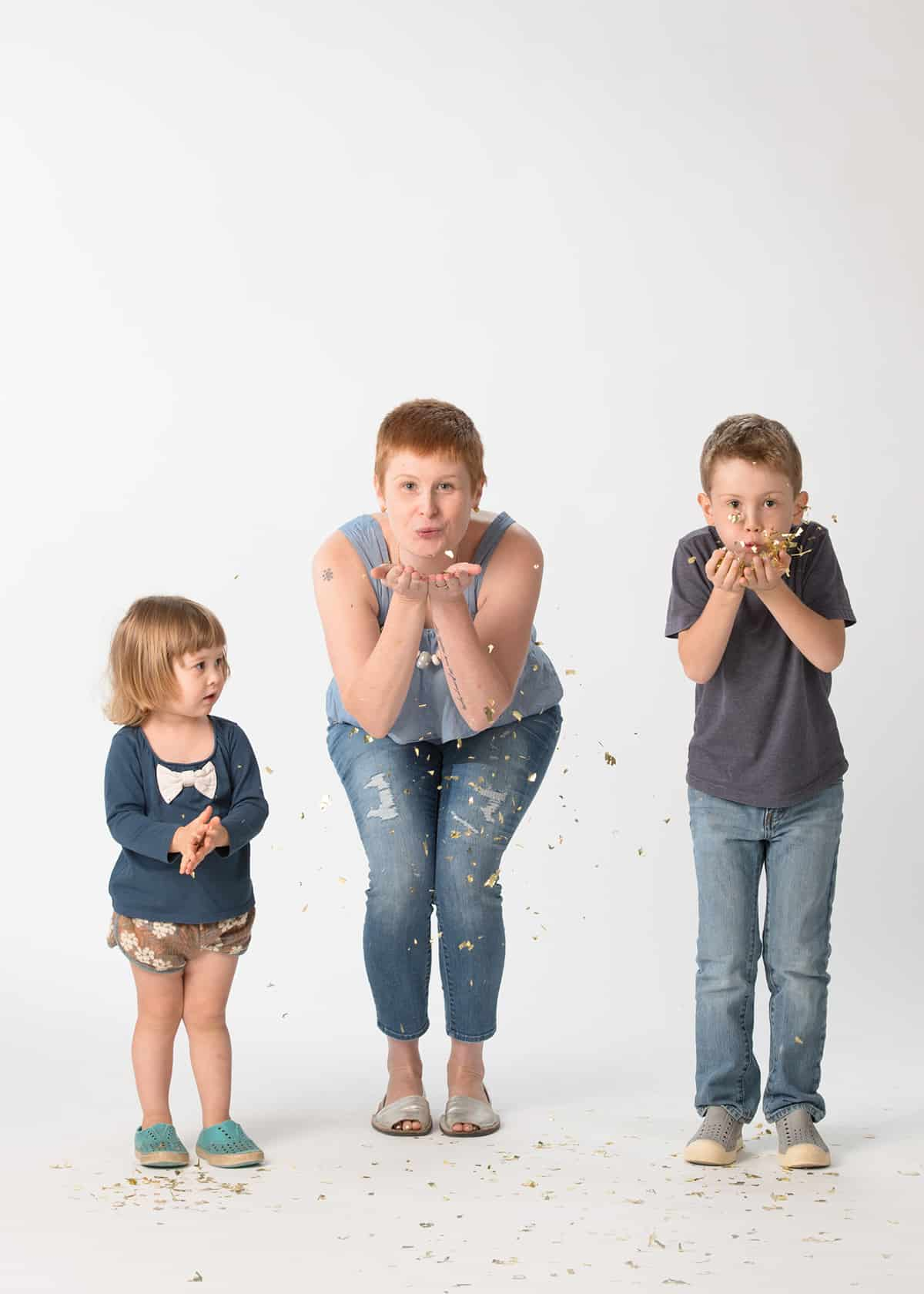 Fun Family photoshoot with glitter